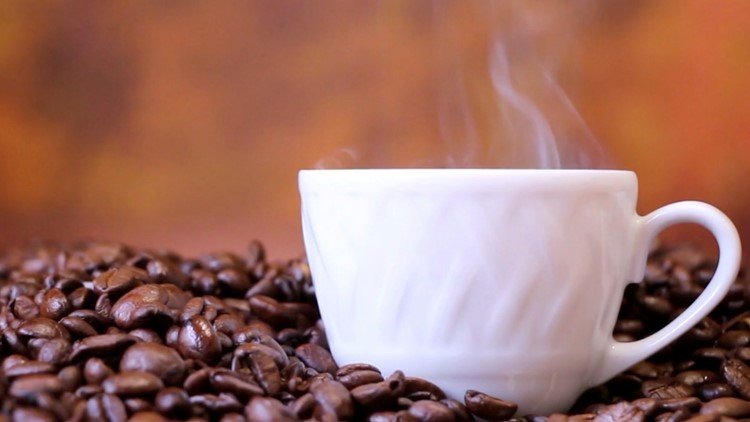 Whole Bean Coffee or Ground Coffee? Let's Break It Down