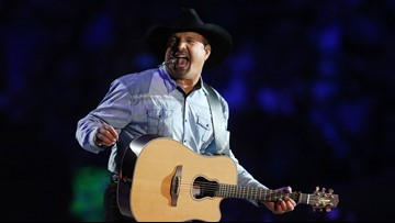 Garth Brooks braves ridiculous weather at Notre Dame concert recorded to air on CBS