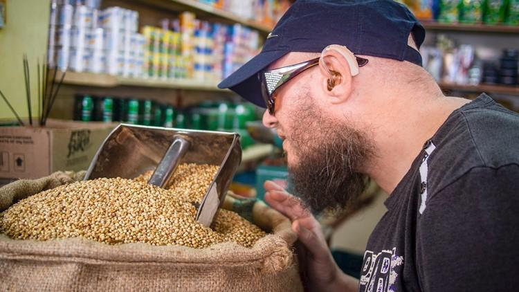 Tony visits market in Singapore