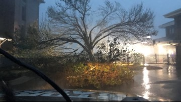 RAW VIDEO: Storm chaser records Florence battering Carolina coast