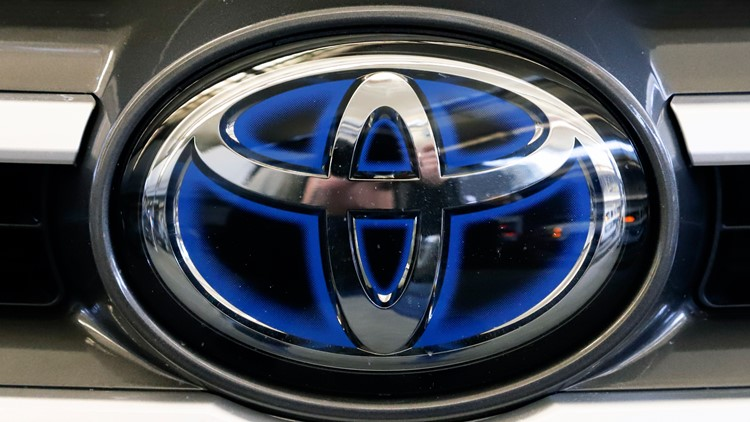 Recall alert: 373,000 Toyota SUVs may have air bag wiring problem