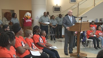 'We can overcome any obstacles:' Bibb County's Night to Unite works against crime