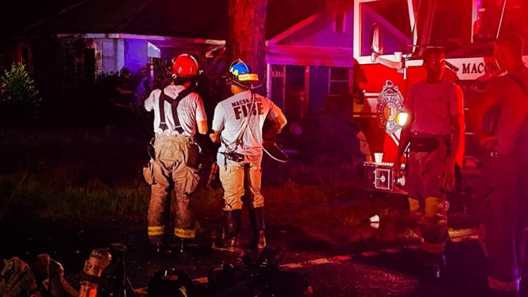 Firefighters respond to house fire in south Bibb County