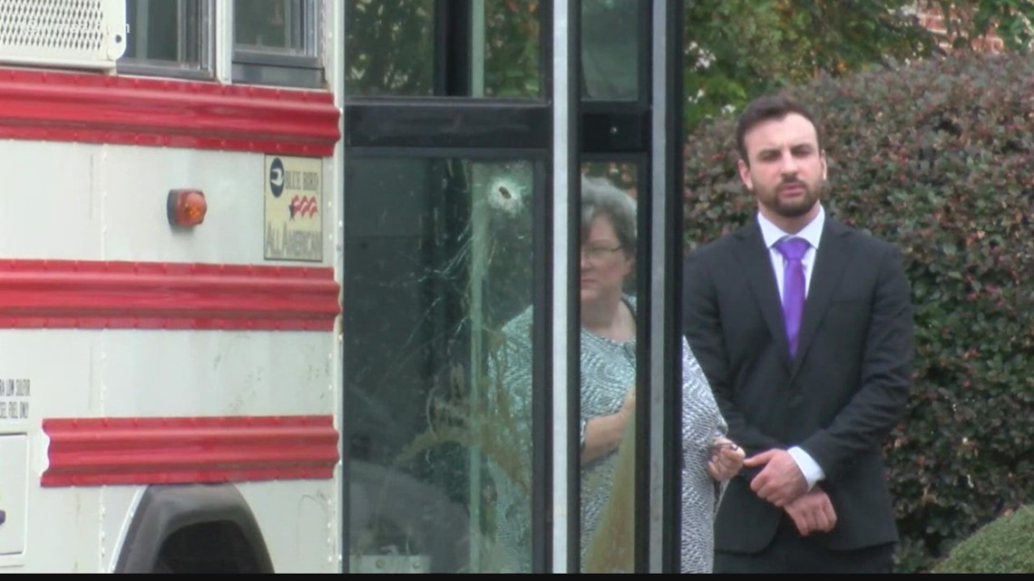 Donnie Rowe trial: Jurors see bus from fatal prison bus shootings, prosecution rests