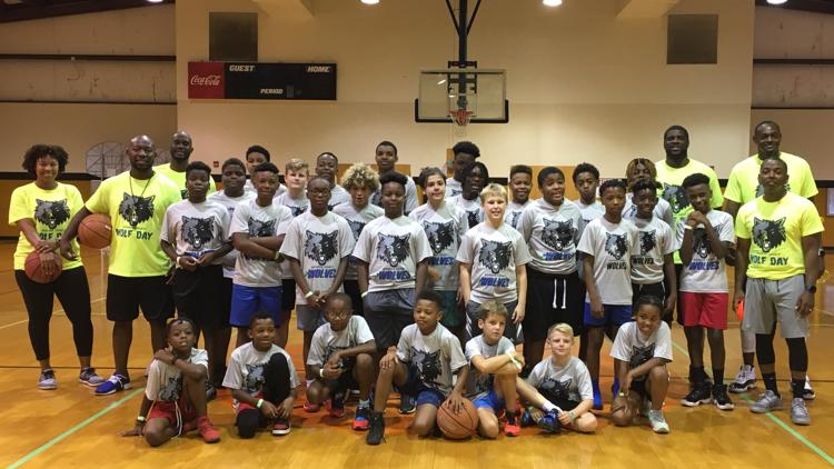 Monroe County Wolves basketball team look to add players