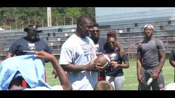 Roquan Smith Hosts 1st Football Camp