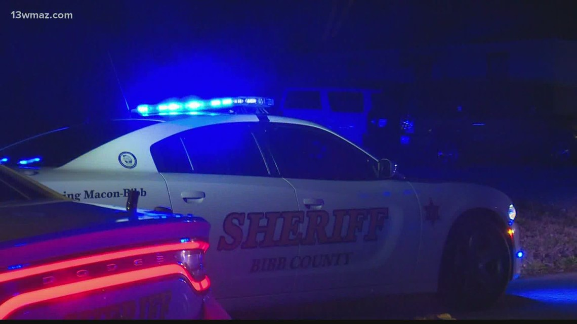 3 hospitalized after shooting on Macon's Mikado Avenue