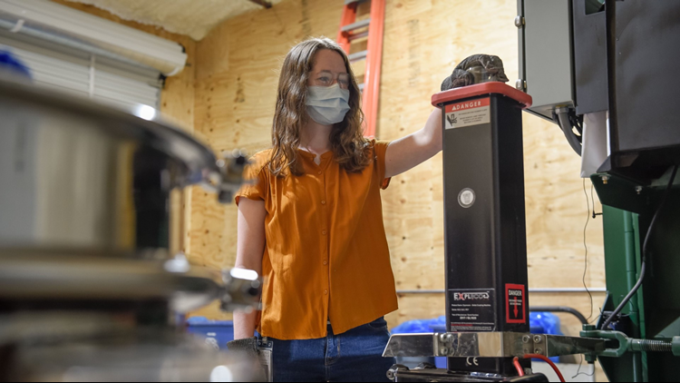 Georgia College testing new glass recycling machine