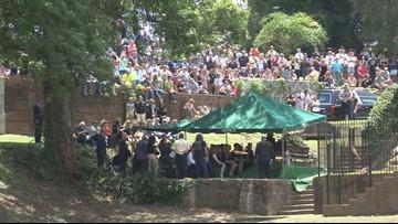 Thousands bid farewell to Gregg Allman