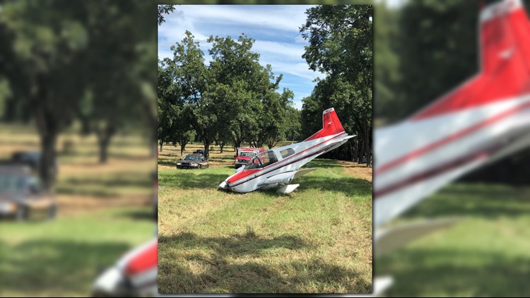 The plane was making an emergency landing due to a mechanical problem.