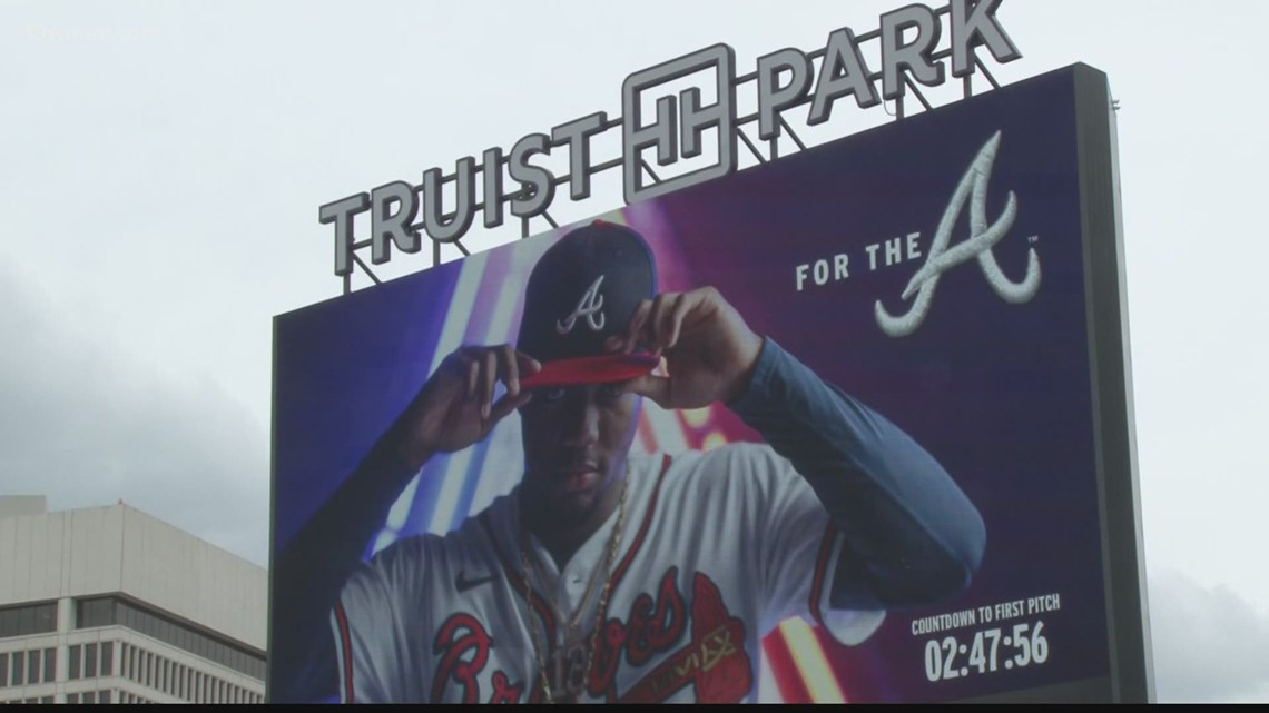 Atlanta Braves welcome fans on opening day