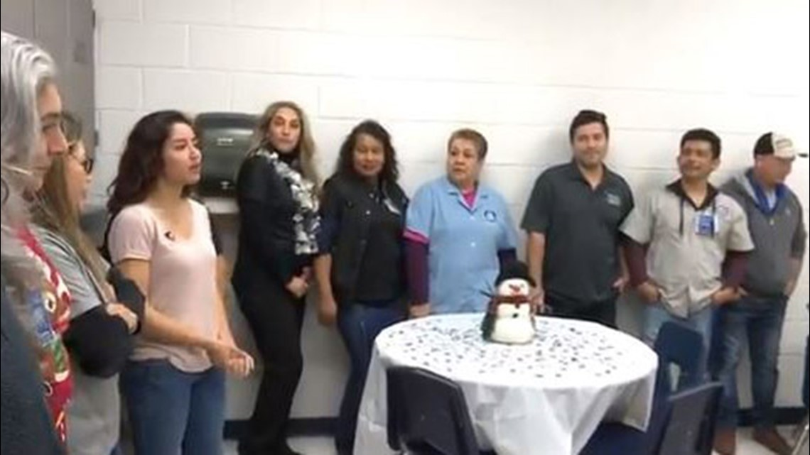 Texas students buy janitors lunch just to say 'thank you'