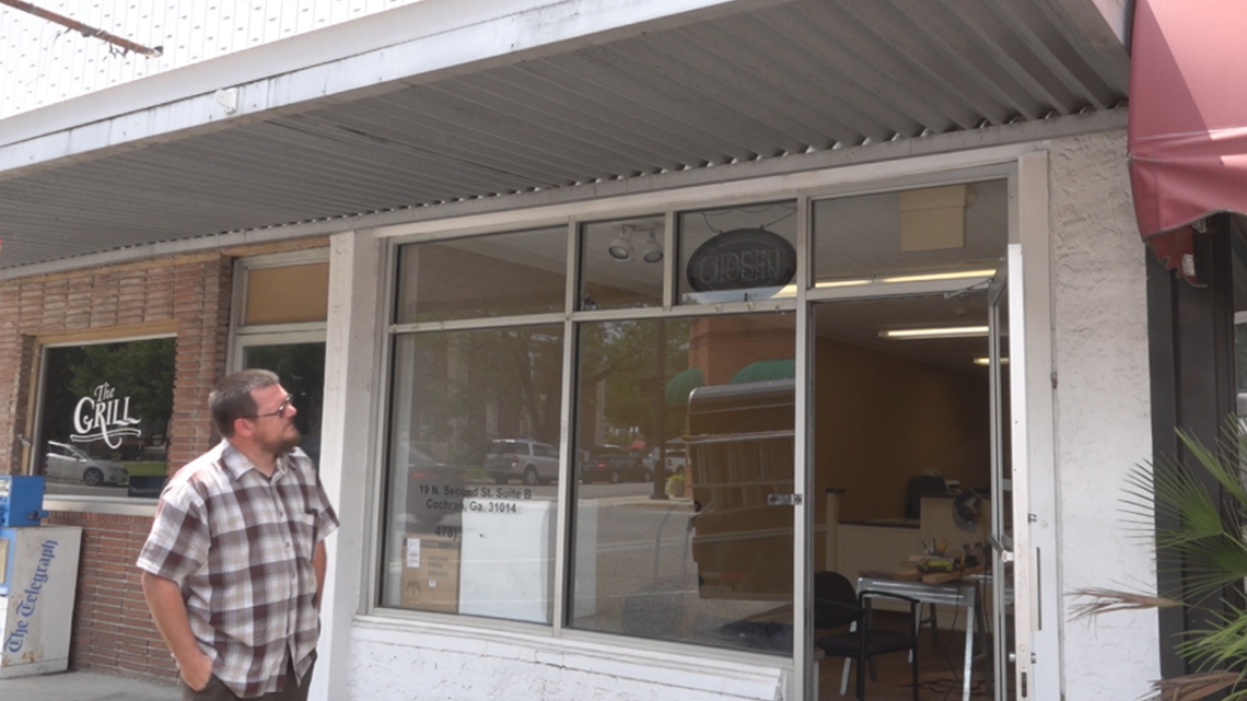 Cochran gets its first Tattoo shop in the center of downtown