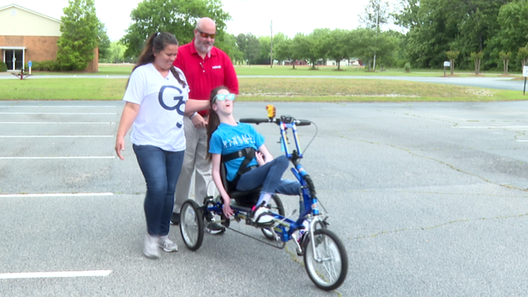 Warner Robins therapy center hosts fundraiser for adapted bikes for children with disabilities