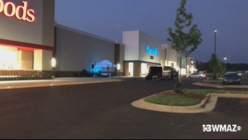 Stores start to open at new North Macon Plaza