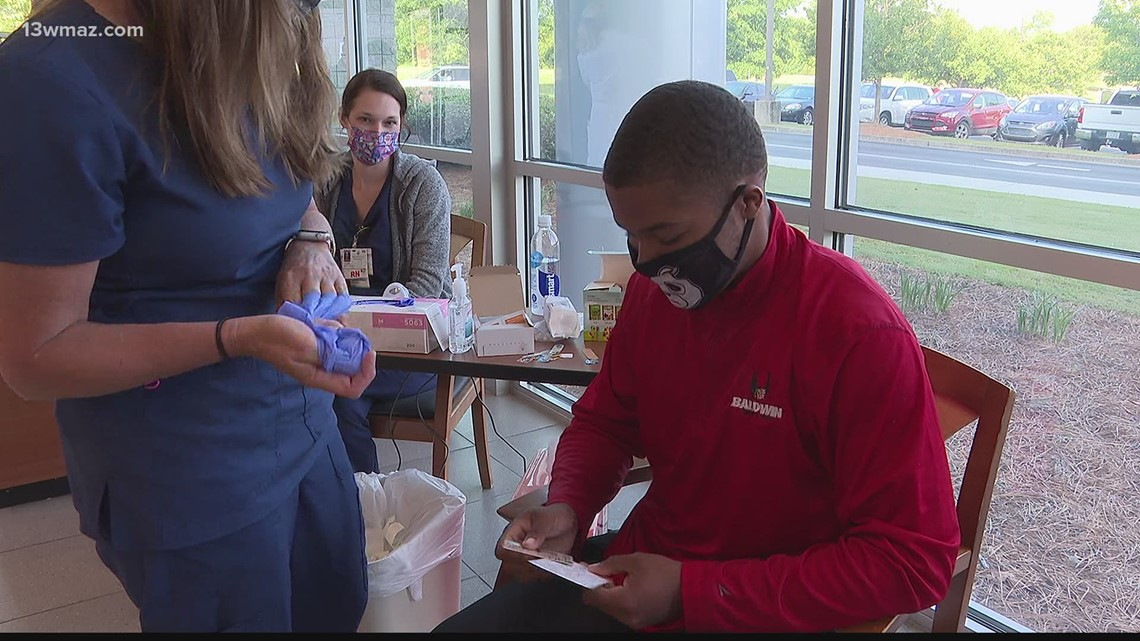 Baldwin County public school students get vaccinated against COVID-19
