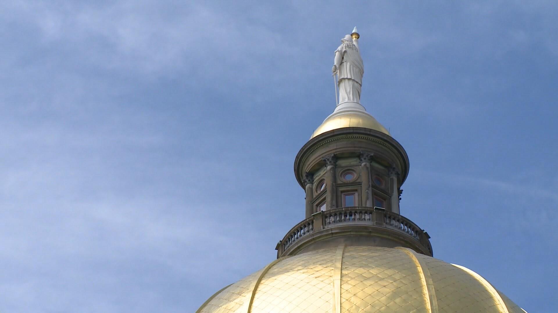 How do you track who's donating to your legislator? | 13wmaz.com