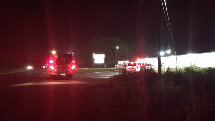 UPDATE: No injuries after pedestrian hit on Emery Highway in Macon