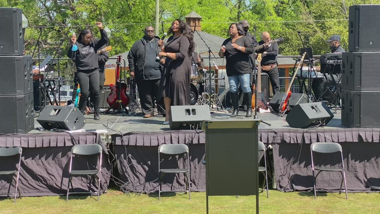 Festival in Macon neighborhood celebrates life and legacy of Little Richard