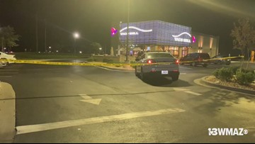 Man robs Macon Taco Bell at knife point