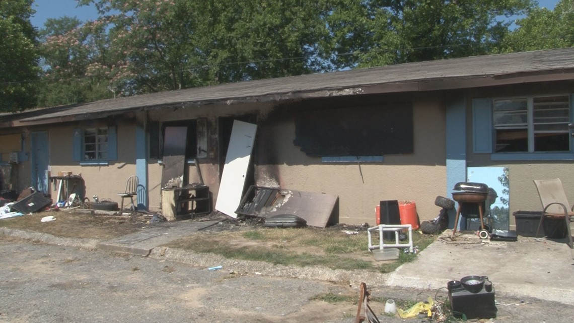 Woman charged with arson in Warner Robins apartment building fire