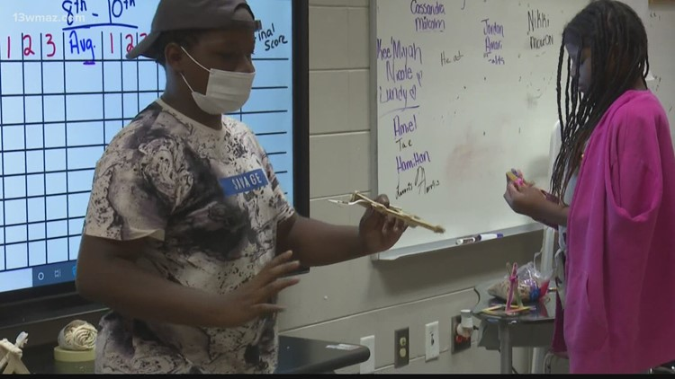 Students stay busy at Mentor's Project of Bibb County academic enrichment camp