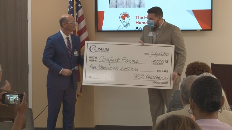 'Want to make a difference to something': Macon veteran, therapist honored for helping others