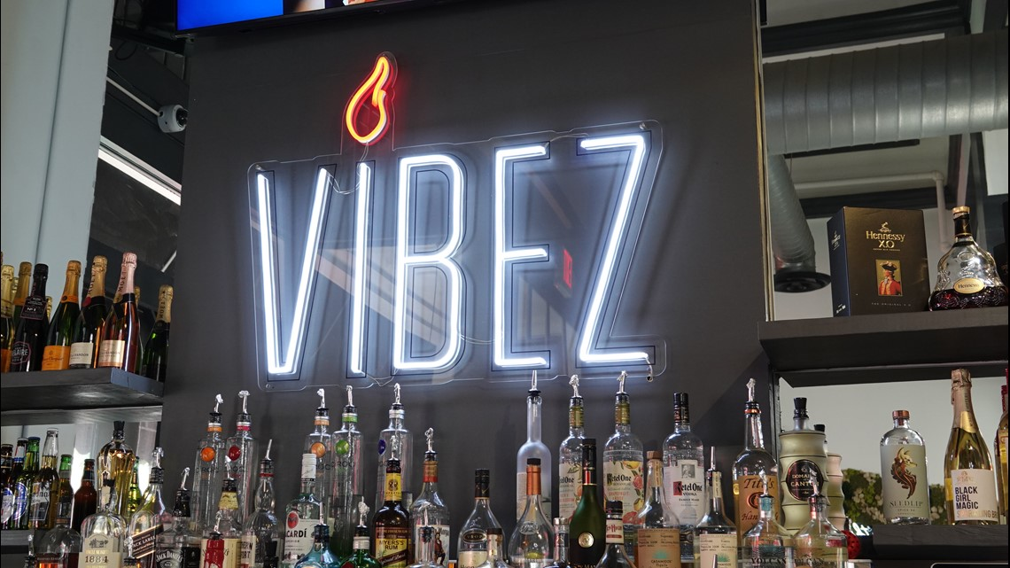 VIBEZ Brunch x Bar x Grill opens in downtown Macon