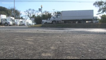 VERIFY | Is Bibb County responsible for paying for pothole damage?