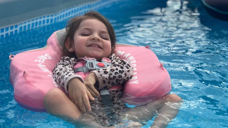 3-year-old Warner Robins girl with rare genetic disorder gets new pool with help from community