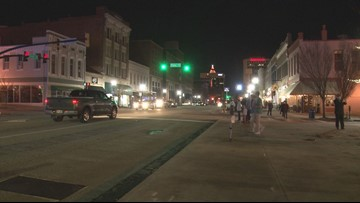 Macon partygoers use designated drivers, Uber to stay safe on New Year's Eve