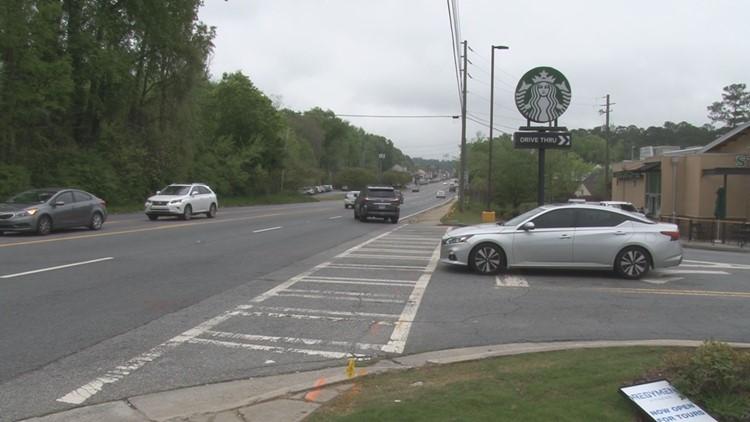 Driving Me Crazy!: Traffic at Forsyth Road Starbucks blocks Kroger entrance