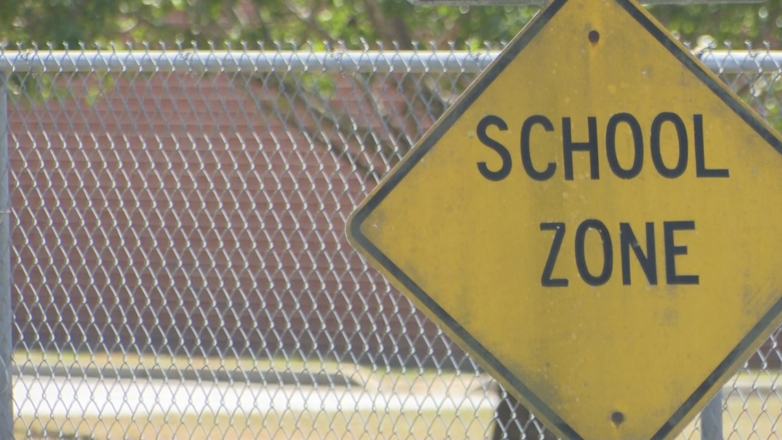 VERIFY: Is a new school coming to Thompson Mill Road in Bonaire?