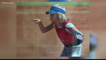 Veterans High homecoming queen competes in Little League