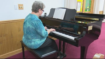 Carl Vinson VA pianist celebrates 20 years of playing for veterans