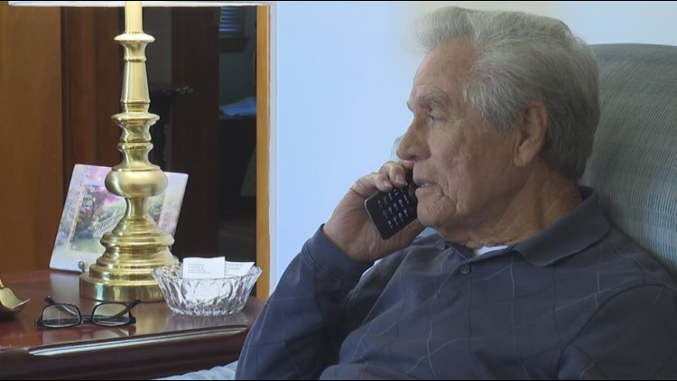 Warner Robins man says he was scammed out of thousands of dollars by a robocaller