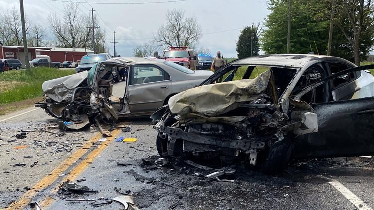 Fatal 2-car crash blocks traffic on Highway 231 in Washington County