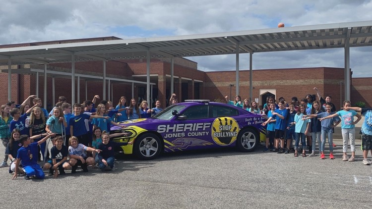 Jones County Sheriff's Office promotes 'Stop Bullying' message with deputy cruiser