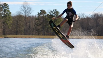Central Georgia water-skiers take to the lake to begin the new year