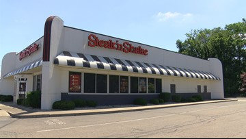 Police: Man called out of work drunk, tried to rob Steak 'n Shake where he worked