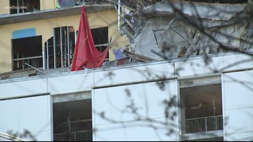Worker's dead body exposed after tarp falls from Hard Rock collapse site
