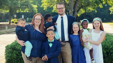Georgia father of seven redefines the word 'family'