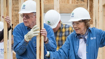 Even after broken hip, President Jimmy Carter returns to build homes with Habitat for Humanity