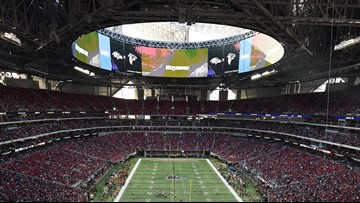 Mercedes-Benz Stadium will cut concession food prices, go cashless again in 2019