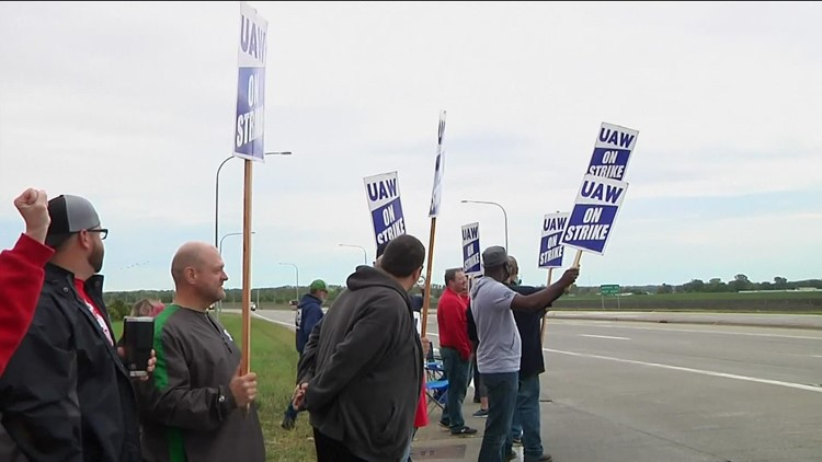 Georgia workers join thousands across the country on strike against John Deere