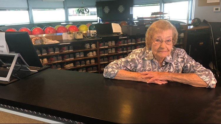 Woman retires from job at 95 after 53 years at the same job